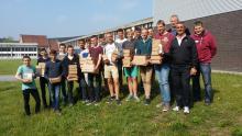 VTI Deinze bezorgde 140 hulppakketten aan oud-leerlingen in hun blok